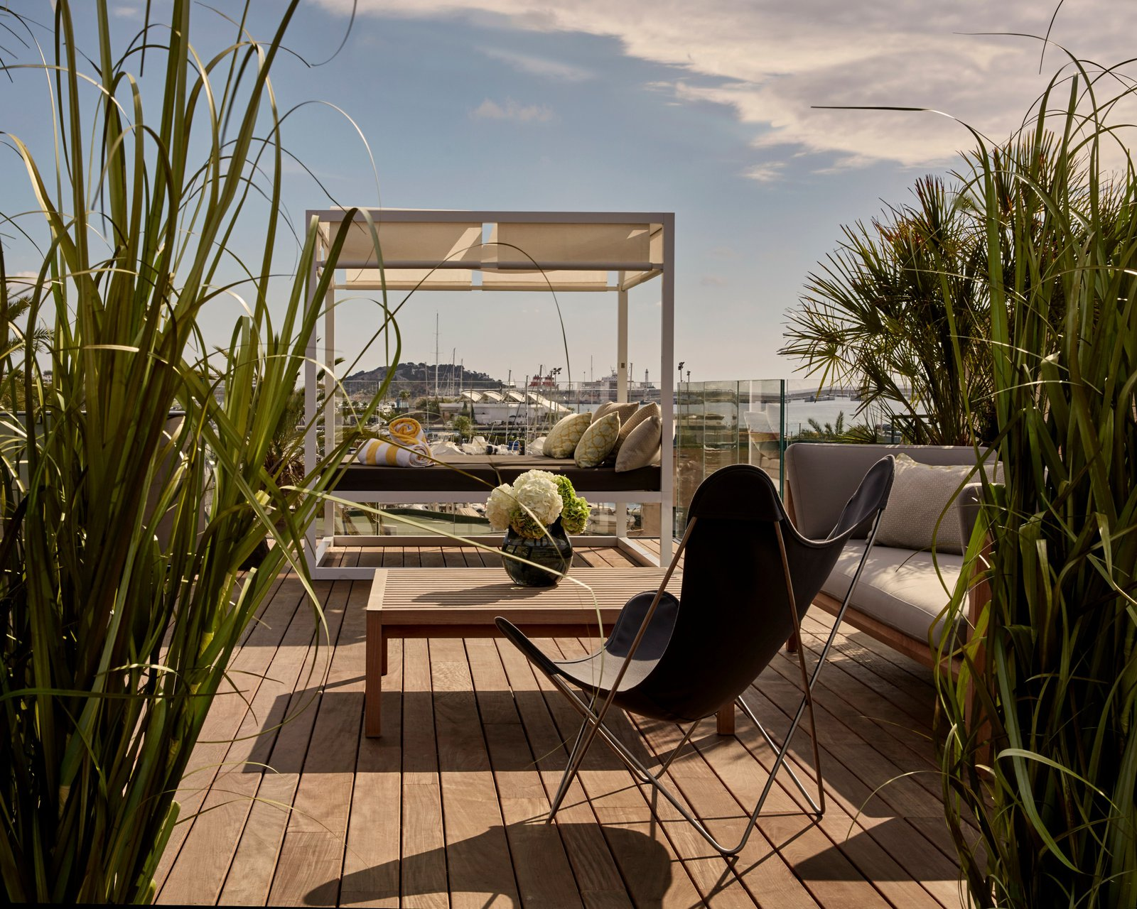 sir-joan-ibiza-room-penthouse.jpg