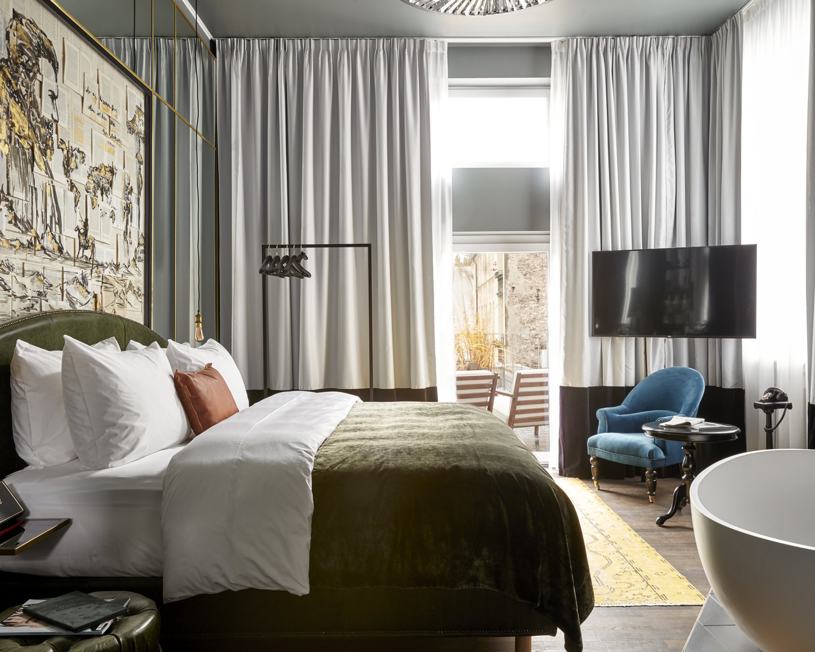 sir-savigny-berlin-room-suite (17).jpg